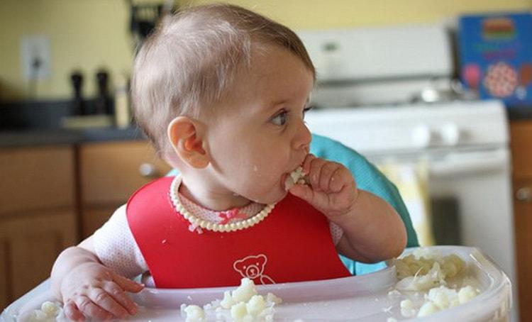 Приготовьте для ребенка цветную капусту запеченную в духовке с сыром