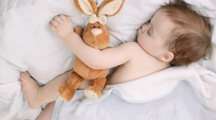 как научить ребенка засыпать 2 года