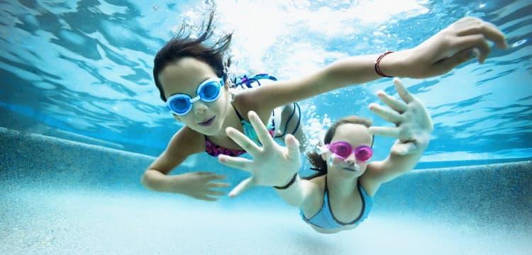 Преобретите специаольные трусы для плавания для малышей