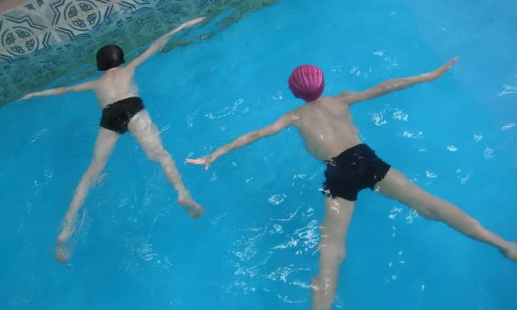 Начните обучение плаванию для детей 5 лет