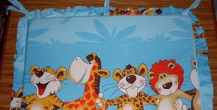Подушки для новорожденных в кроватку своими руками выкройки с размерами фото 455