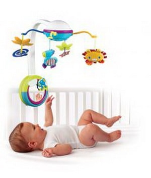 Мобиль на кроватку для новорожденных какой выбрать