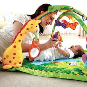 Как выбрать развивающий коврик для малыша